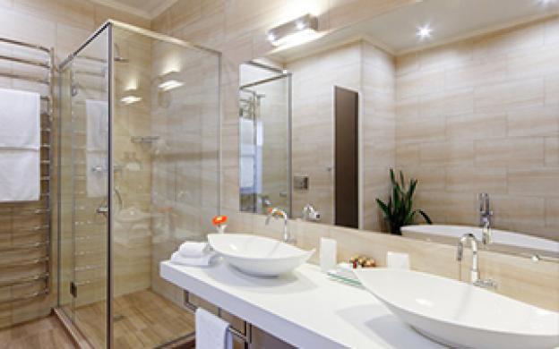 Skapa ett flexibelt badrum med rätt badrumsbelysning
